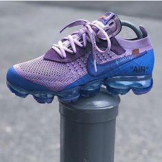 I ain't trippin off who doing it, or who did it.just know they ain't fxckin w/me! 1 of 1 OffWhite x Nike Vapormax are SOLD! Nike Air Max, Nike Air Force 1, Cute Shoes, Me Too Shoes, Sneakers Fashion, Shoes Sneakers, Nba Fashion, White Sneakers, Runway Fashion