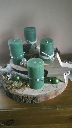 Christmas Decor DIY decor diy centerpiece Christmas Get Ready To Show Off Your Decorating Skills Christmas Advent Wreath, Christmas Table Centerpieces, Decoration Christmas, Diy Centerpieces, Christmas Candles, Winter Christmas, Christmas Time, Christmas Crafts, Table Decorations