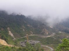 Google Image Result for http://images.placesonline.com/photos/45848_photo_genting_highland_malaysia.jpg