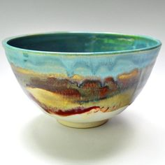 Such a beautiful pattern and colors on this serving bowl