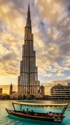 travel destinations photography The Burj Khalifa Tower in Dubai is the tallest building in the world. Heres what you need to know about the tallest structure in the world Dubai Dubai City, Dubai Mall, Hotel A Dubai, In Dubai, Dubai Desert, Visit Dubai, Dubai Beach, Dubai Tower, Dubai Wallpaper