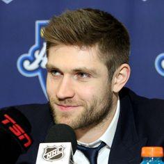 """Post-red carpet media for 97 & 🙂 Connor Mcdavid, Edmonton Oilers, Hockey Players, Skates, Drake, Nhl, All Star, Red Carpet, Twitter"