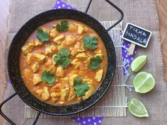 POLLO TIKKA MASALA Turkish Recipes, Indian Food Recipes, Ethnic Recipes, Tika Massala, Pollo Tikka Masala, Korma, Arabic Food, Bon Appetit, I Foods