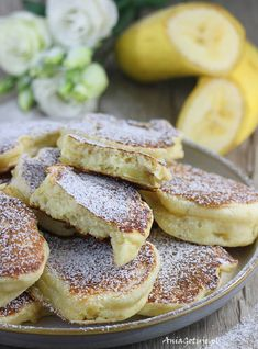 Racuszki z bananami | AniaGotuje.pl Magic Recipe, Banana Pancakes, Camembert Cheese, Food And Drink, Cooking, Breakfast, Ethnic Recipes, Foods, Fit