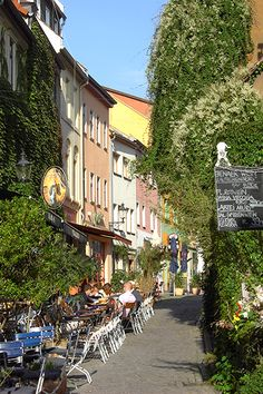 Outdoor cafe's in Wagnergasse Jena, Germany (Photograph by augustustours, flickr)
