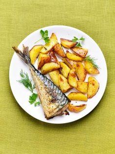 paprika, romarin, poivre, feuille de laurier, thym, maquereau, pomme de terre, piment de Cayenne, fleur de sel, huile d'olive