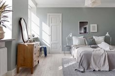 "247 gilla-markeringar, 16 kommentarer - Josefin Godén (@fouremptywalls) på Instagram: ""Love the Bedroom at Geijersgatan. Beautiful wall color. Now up for sale at @bjurfors_uppsala…"""