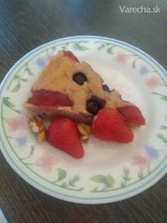 Špaldový koláč s ovocím (fotorecept) - Recept Pancakes, Oatmeal, Breakfast, Food, Meal, Pancake, Essen, Morning Breakfast, Overnight Oatmeal