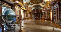 Bibliothèque de l'abbaye de Saint-Gall, Suisse