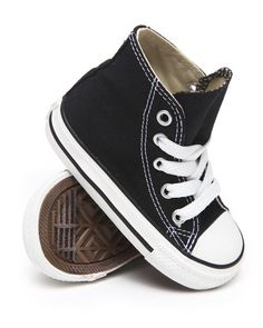 CHUCK TAYLOR ALL STAR HI (5-10) Toddler Fashion, Kids Fashion, Punk Baby, Converse Style, Baby Swag, Boy Shoes, Kinds Of Shoes, Chuck Taylors, Best Sellers