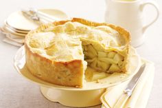 Revive the treats of yesteryear with this traditional apple pie packed with apple goodness.