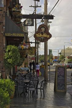 Beyond Bourbon Street: More Cool New Orleans Nightlife Districts: Magazine Street
