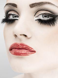 Beauty Lips by Tomek Albin