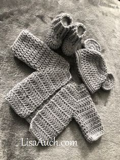 Free Crochet Pattern for a Newborn Baby Cardigan Crochet Baby Sweater Cardigan FREE Pattern Megan's Easy Crochet Baby Cardigan Free Pattern. This is an EASY Crochet Cardigan Pattern f. Crochet Baby Cardigan Free Pattern, Newborn Crochet Patterns, Crochet Baby Sweaters, Baby Sweater Patterns, Crochet Baby Clothes, Baby Patterns, Baby Knitting, Crochet Baby Stuff, Crochet For Baby