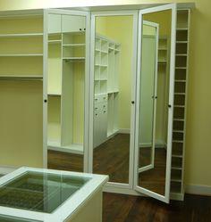 Three way mirror let's you check every angle #mirror #closet
