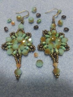 DIY Tutorial: Orecchini perline Iris - DIY Tutorial: Iris beaded earrings