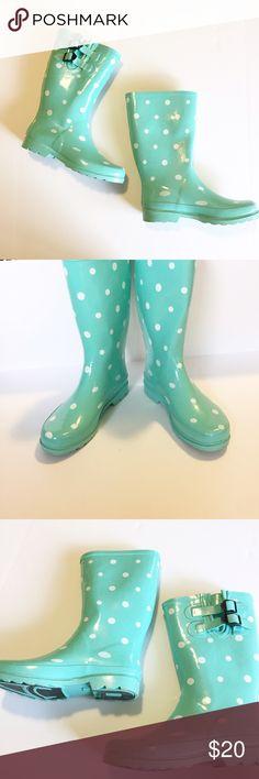 Target Polka dot rain boots Polka dot rain boots from target worn twice! Mint green with white polka dots. target Shoes Winter & Rain Boots
