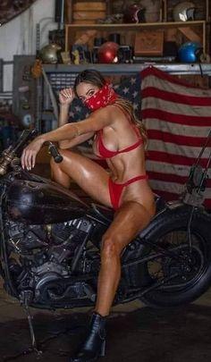 Biker Baby, Biker Girl, Athletic Girls, Harley Bikes, Biker Chic, Moto Bike, Bike Style, Old Glory, Sexy Jeans