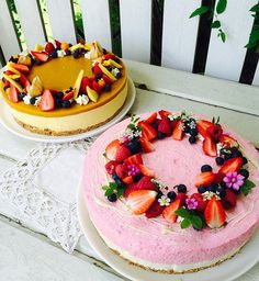 #leivojakoristele #mitäikinäleivotkin #täytekakku Kiitos @crushwithbaking Fancy Desserts, Raw Desserts, No Bake Desserts, Delicious Desserts, Yummy Food, Baking Recipes, Cake Recipes, Dessert Recipes, Cheesecake Decoration