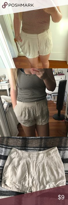 Khaki shorts Khaki high waisted shorts super cute for summer with any tank top! A little wrinkly from being in my dresser. Check out my other listing for the brandy Melville tank top! Add to a bundle for a private offer🌸 Forever 21 Shorts