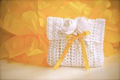 Wedding favor  Baby shower  Crochet  White bag di LeCrochetdOr, $20,00