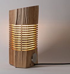 Reclaimed Illuminated Wood Sculpture van SplitGrain op Etsy