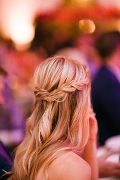 Wedding Hairstyle Inspiration - Photo: Michelle Beller Photography
