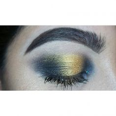 used aged gold in the center and black magic on the inner and outter corner