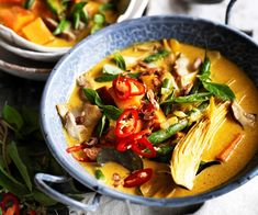 Spice things up with this healthy vegan Thai yellow curry recipe from Australian Women& Weekly& Almost Vegetarian cookbook. Thai Yellow Curry, Vegetarian Cookbook, Vegetarian Recipes, Vegetarian Curry, Keto Recipes, Chinese Beef Curry, Yellow Curry Recipe, Best Curry, Vegetarische Rezepte
