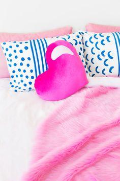 DIY Heart Lollipop Pillow | studiodiy.com