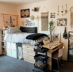 Sending this to my college roommate right now because I am so obsessed with this dorm room! room decor 26 Best Dorm Room Ideas That Will Transform Your Room - By Sophia Lee Home Design, Design Ideas, Interior Design, Smart Design, Room Interior, Apartment Decoration, Diy Dorm Decor, College Dorm Decorations, Office Decor
