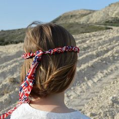 4th of July headband for girls and women in the colors of the American flag. Wear it as hair accessory or as a wrap bracelets on the 4th of July party!