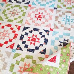 Vintage charm quilt pattern by A Quilting Life Star Quilts, Scrappy Quilts, Mini Quilts, Quilt Blocks, Sampler Quilts, Star Blocks, Antique Quilts, Vintage Quilts, Quilting Projects