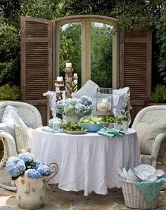 Shabby Chic - all that is needed now is Johnny Depp to come over for tea....