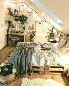 Home Bohemian Bedroom Decor From Around the World. Best Of Home Bohemian Bedroom Decor From Around the World. 5 Home Bohemian Bedroom Decor From Around the World Around Room Ideas Bedroom, Home Decor Bedroom, Bed Room, Bedroom Inspo, Cute Bedroom Ideas, Urban Outfiters Bedroom, Bohemian Bedroom Decor, Boho Teen Bedroom, Urban Bedroom