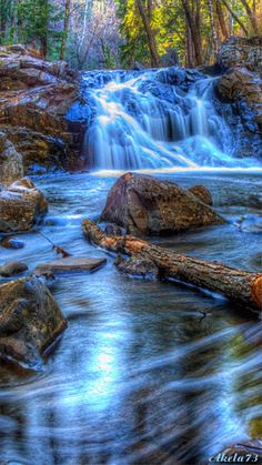 Chester Park Waterfall, Duluth, Minnesota, USA (click on photo to animated)