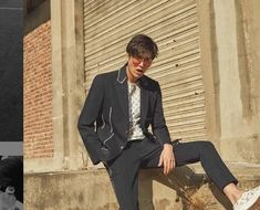 Lee Min-ho wiki biography, age, height, dramas, movies & more. Lee Min Ho Age, Lee Min Ho Suzy, Lee Min Ho 2017, New Actors, Actors & Actresses, Asian Actors, Korean Actors, Korean Men, Lee Min Ho Girlfriend