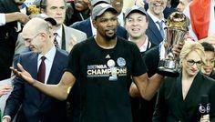 Kevin Durant élu MVP des Finals -  Ils étaient deux à avoir remporté le titre de MVP des Finals lors de leur première saison dans un club : Magic Johnson en tant que rookie aux Lakers en… Lire la suite»  http://www.basketusa.com/wp-content/uploads/2017/06/kevin-durant-mvp-570x325.jpg - Par http://www.78682homes.com/kevin-durant-elu-mvp-des-finals homms2013 sur 78682 homes #Basket