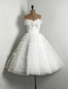 1950's Vintage Ivory-White Elegant Chiffon-Couture Strapless Shelf-Bust Bow Tiered-Ruffle Full Circle-Skirt Bombshell Princess Wedding Dress