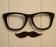 bigotes, yeah