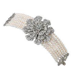 SimanTu Fresh water pearl and Crystal Bracelet I Love Jewelry, Pearl Jewelry, Jewelry Art, Jewelery, Crystal Bracelets, Bangle Bracelets, Bangles, Necklaces, Bridal Accessories