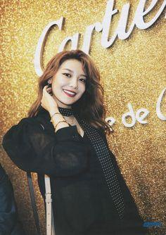 Sooyoung W korea June.2017 - W fashion flash / Panthere de Cartier (2017.05.11)