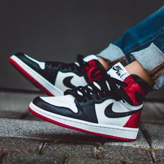 "The Air Jordan 1 Retro High OG ""Satin Black Toe"" for women officially releases this Saturday at retailers worldwide. For a store list, tap the link in our bio. Air Jordan Sneakers, Nike Air Jordans, Nike Sneakers, Air Jordans Women, Womens Jordans, Jordan Outfits Womens, Shoes Jordans, Sneakers Street Style, Sneakers Fashion"