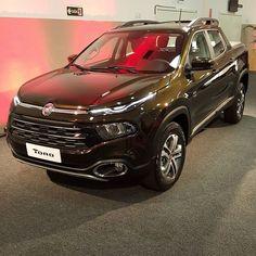#Fiat Toro por sua vez também provoca #Renault Oroch: visual instigante e a mesma opção de cor verde