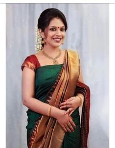 I have purchased a green colour silk saree the AMT but instead of this I have received low quality pink coloured saree from the great Indian sarees Indian Bridal Sarees, Bridal Silk Saree, Indian Silk Sarees, Soft Silk Sarees, Indian Beauty Saree, Crepe Saree, Chiffon Saree, Kerala Saree Blouse Designs, Simple Sarees