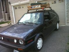 Wooden roof rack w/ rails and euro plate