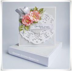 Krystynas i jej papierowy świat, Card with pink flowers, wite ribbon bow, Marianne Design Anja's Vintage Decoration LR0269