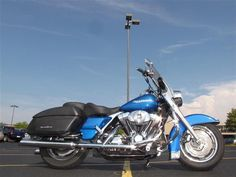 2004 Used Harley-Davidson ROAD KING FLHRSI ROAD KING FLHRSI at Used Motorcycle Store Serving Chicago, Naperville, & Rockford, IL, IID 14046780