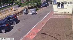 Eruption from ground – explosión de tubería en el asfalto