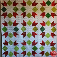 Piece N Quilt: Sparkle - A Christmas Sew Along - The Quilt